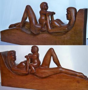 Sculpture on Wood 'beby with mother' by Labus Slobodan