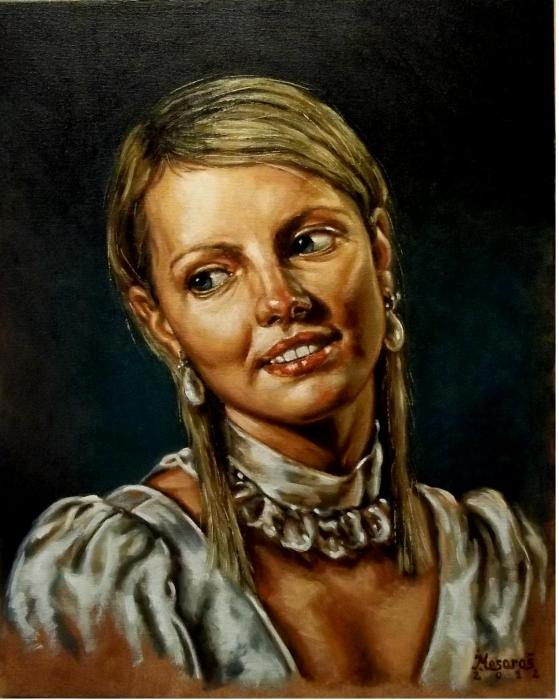 girl with a pearl earrings