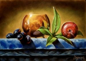 Bowl and fruits