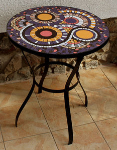 Mosaic Table 010
