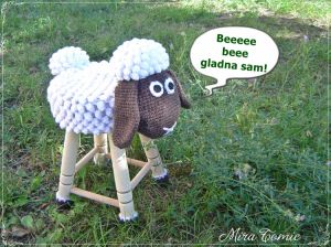 Sheep stool chair